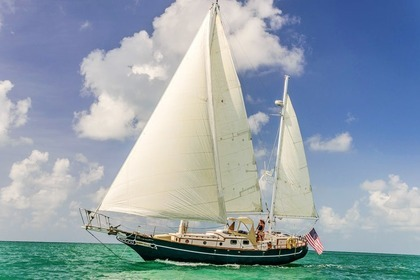 Charter Sailboat ISLAND TRADER 41 Key West