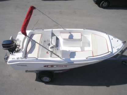 Charter Motorboat Karel 460 Vourvourou
