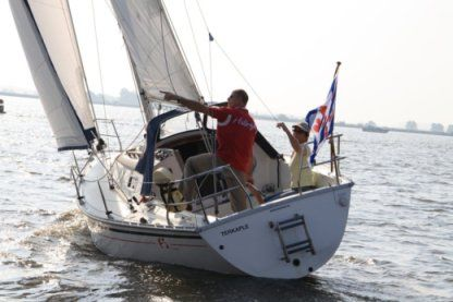 Verhuur Zeilboot Friendship 26 Sport Terkaple