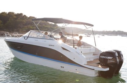 Rental Motorboat Quicksilver Activ 805 Cruiser Royan
