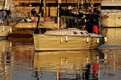 Hire Sailboat Ro 330 Badalona