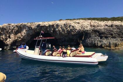 Hire Motorboat Colnago 33 Split