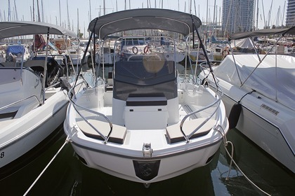 Rental Motorboat Beneteau Flyer 5.5 spacedeck Cambrils
