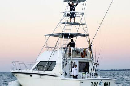 Charter Motorboat Hatteras 41' Sport Fishing Yacht Miami
