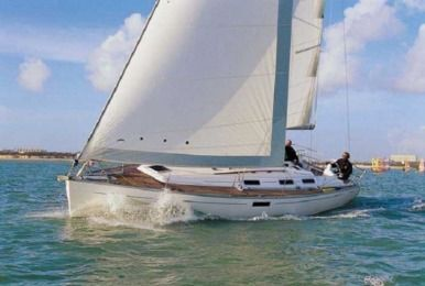 Charter Sailboat Dufour 385 Alimos