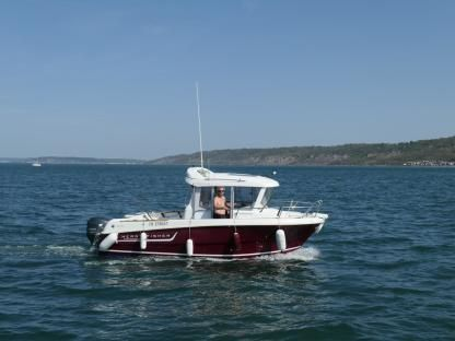 Rental Motorboat Jeanneau Merry Fisher Marlin 6 Dives-sur-Mer