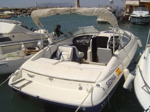 Motorboat STARCRAFT 6,35 for hire