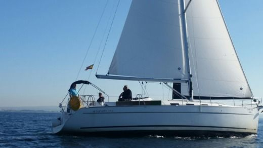 Sailboat Beneteau Cyclades 43 for hire