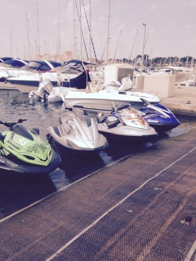 Charter jet ski in Sanary-sur-Mer peer-to-peer