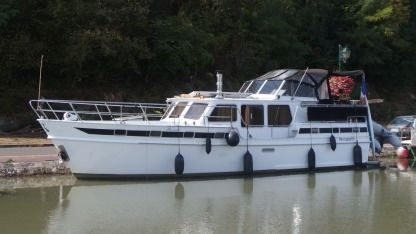 Rental Houseboat Altena Vedette Hollandaise Châtillon-sur-Loire