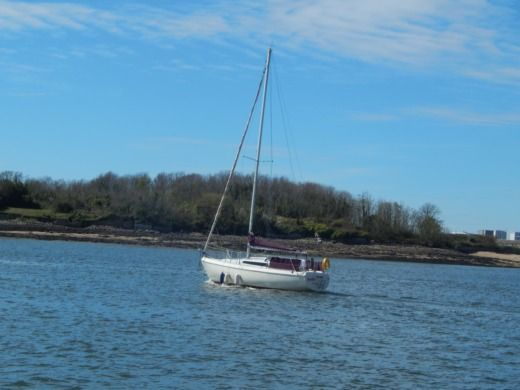Sailboat GIBERT MARINE 28 Quillard peer-to-peer