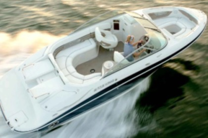 Charter Motorboat Four Winns 230 Horizon Cala d'Or
