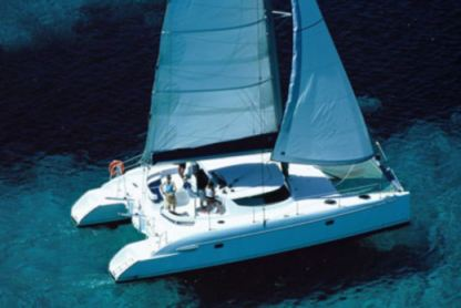 Location Catamaran Fountaine Pajot Lavezzi 40 Olbia