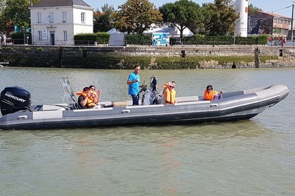 Hire RIB Dayfer Narwhal 900 Fast La Rochelle