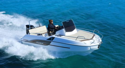 Beneteau 550 Flyer Sundeck in Begur