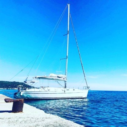 Rental Sailboat Beneteau Cyclades 43.3 Setúbal