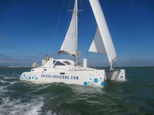 Catamaran Catana 381 for hire