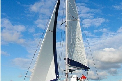 Hire Catamaran BALI - CATANA 4.3 Split
