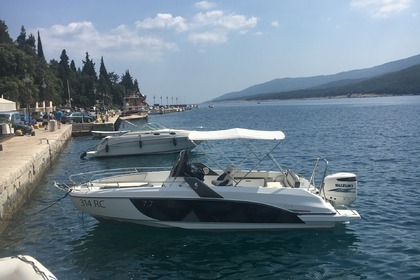 Hire Motorboat Beneteau  Flyer 7.7 Rabac