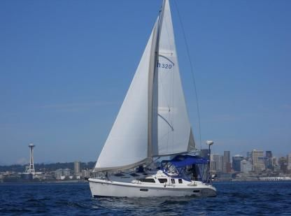 Charter Sailboat Hunter 320 Seattle