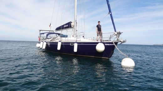 Sailboat BENETEAU OCEANIS 500 for hire