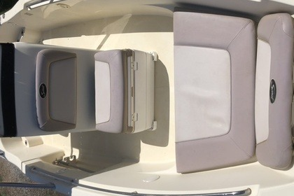 Hire Motorboat Scout 205 sportfish Chania