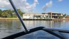 Rinker Q3 in Fort Lauderdale