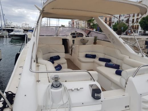 Rental motorboat in Ibiza