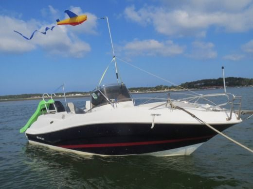 QUICK SILVER COMMANDER 635 in Claouey, 33950 Lège-Cap-Ferret peer-to-peer