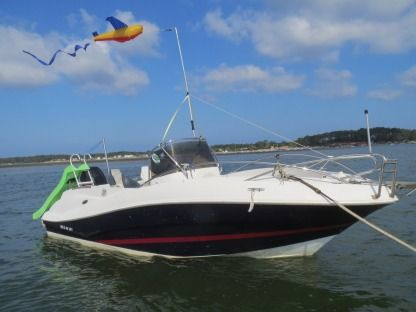 Charter Motorboat Quicksilver Commander 635 Lège-Cap-Ferret