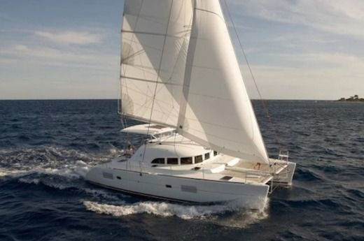 Catamaran BENETEAU Lagoon 380 - Version 3 Cabines for hire