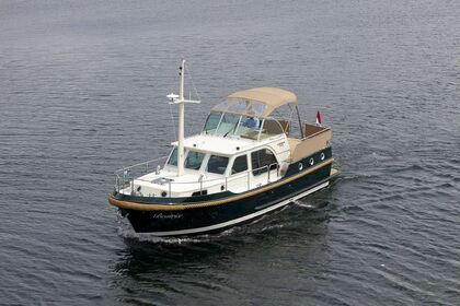 Charter Motorboat LINSSEN CLASSIC STURDY 32 AC Capestang