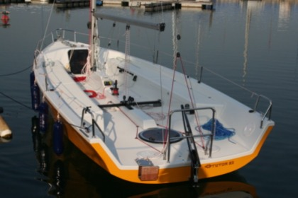 Hire Sailboat TUTOR 23 7 m Dervio
