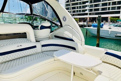 Rental Motorboat SEA RAY SUNDACER 42' Miami