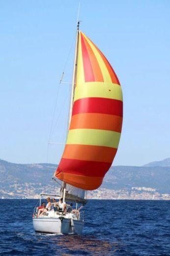 Rental Sailboat Jeanneau Sun Light 30 Saint-Cyr-sur-Mer