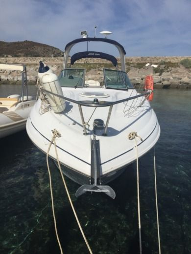 Four Winns Vista 278 in Saint-Florent for hire