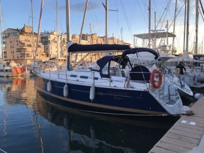 Rental Sailboat Beneteau Océanis 373 Empuriabrava