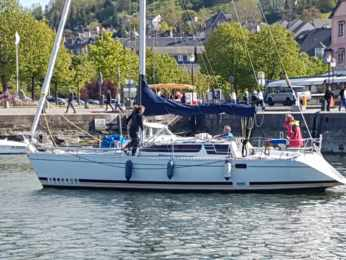 Charter Sailboat Feeling 10.90 Honfleur