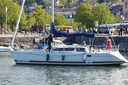 Hire Sailboat KIRIE - FEELING 10.90 Honfleur