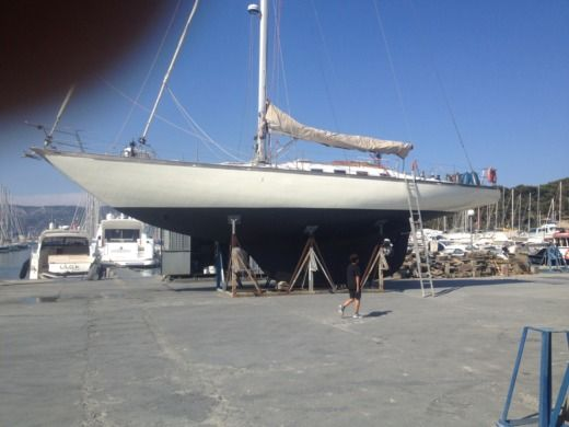 Sailboat SANGERMANI Cotre Bermudien for hire