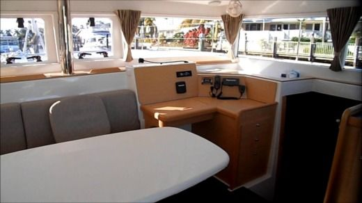 Sailboat LAGOON LAGOON 400 for hire