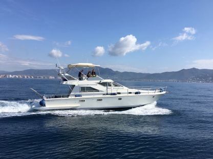 Rental Motorboat Guy Couach 1401 Fly Empuriabrava