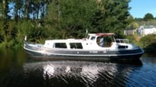 Houseboat Motortjalk Bies for rental