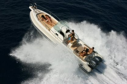 Location Semi-rigide Capelli Tempest 900 Wa Saint-Tropez