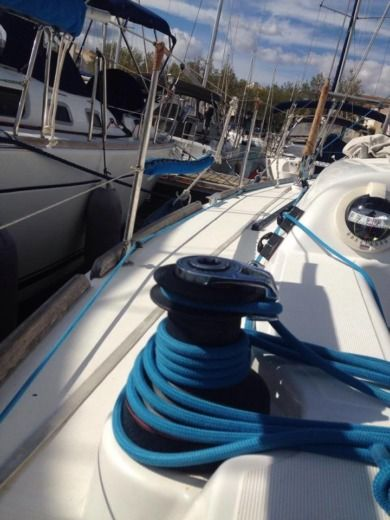 Sailboat DUFOUR 34E Performance for hire