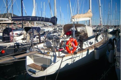Hire Sailboat Zuanelli 40 Varazze
