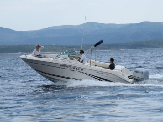 Motorboat SEA RAY Sea Ray 210 DC peer-to-peer