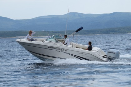 Charter Motorboat SEA RAY Sea ray 210 DC Bol