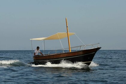 Hire Motorboat JERANTO GOZZO 7MT Piano di Sorrento