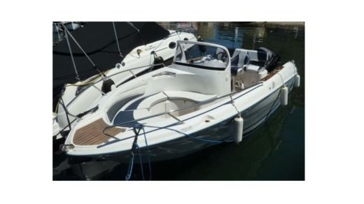 Motorboat QUICK SILVER COMMANDER 600 for hire
